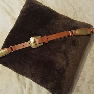 Accessories - ✔2 FOR 12.00 OR 3 FOR 15.00✔STUNNING LEATHER BELT